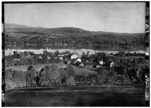 Photograph: c1904 photograph showing part of the Enfield NH Shaker Community with the Great Stone House in the Center, State Route 4A, Enfield. Library of Congress Prints and Photographic Division.