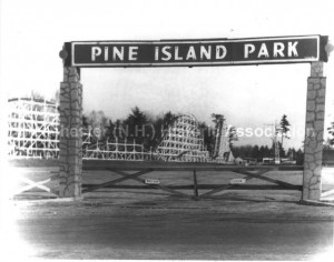 Pine Island Park Gate, circa 1953, photograph by Peter Caikauskas. Manchester Historical Association Photoprint Collection. Used with permission.