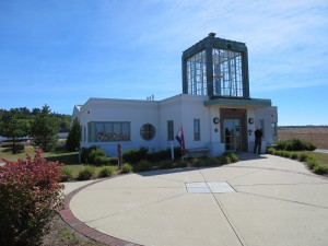 New Hampshire Aviation Museum in art deco building