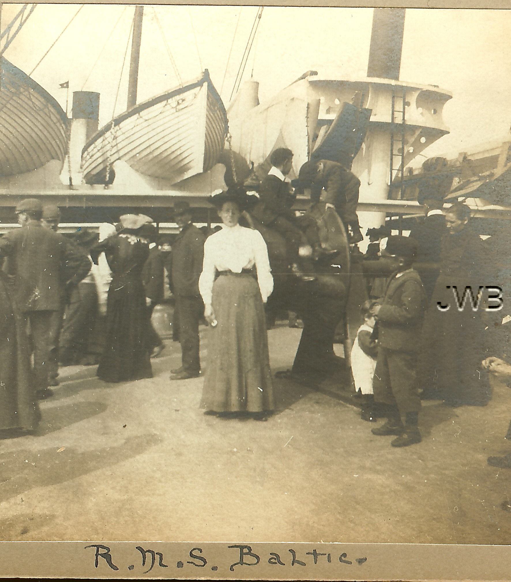 Passengers of RMS Baltic, on deck during 1904 voyage.  Rare stereographic view property of Janice W. Brown