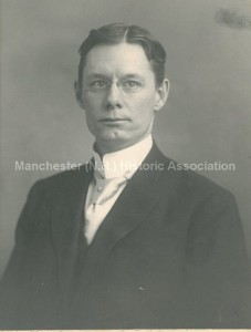 Photograph of Samuel P. Hunt, from the Manchester Historic Association portrait collection; used with permission.