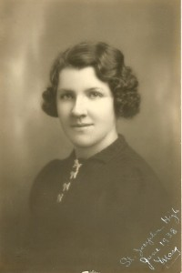 1938 photograph of Mary Manning for high school graduation