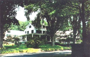 Old postcard of Whitehall Inn, Camden Maine, one scene used in the movie version of Peyton Place.