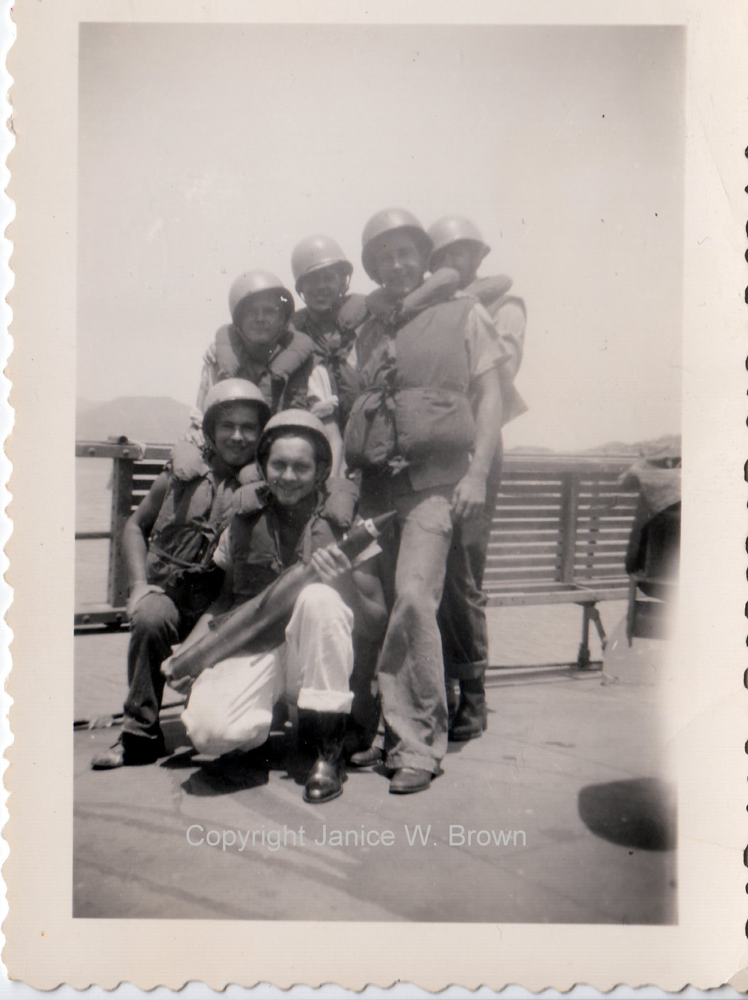 w009996 – crewmen at Manzanillo Mexico yms245